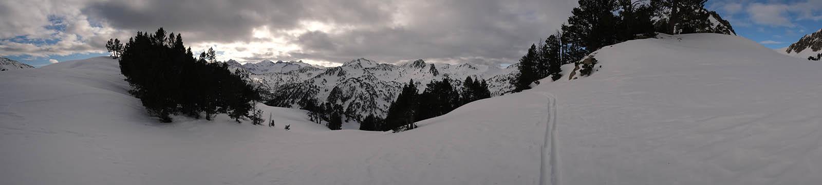 Panoramique sous la neige